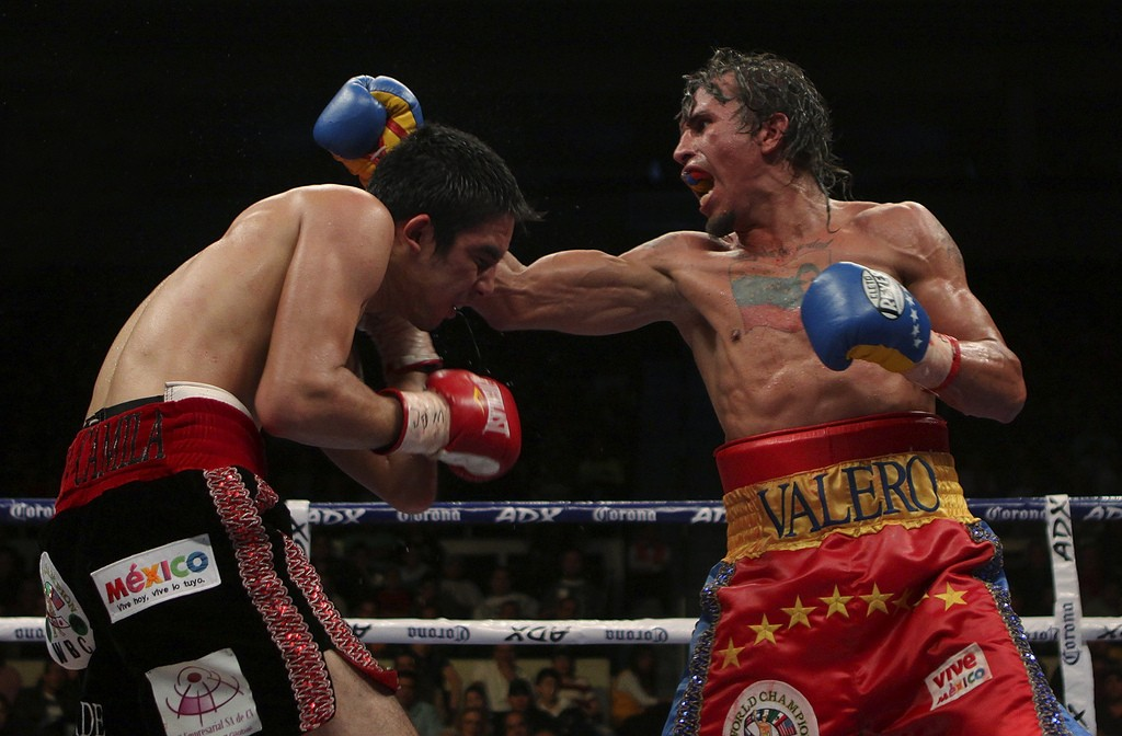 MONTERREY, MEXICO - FEBRUARY 6: Edwin Valero of Venezuela's (R) fights Antonio de Marco (L) of Mexico's for the absolute title of light weight of the World Council of Boxing (CMB) at The Arena Monterrey on February 6, 2010 in Monterrey, Mexico (Photo by Armando Marin/Jam Media/LatinContent/Getty Images)
