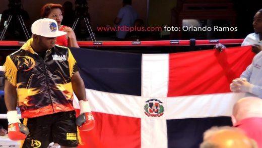 """Carlos """"Caballo Bronco"""" Adames peleará en Colombia"""