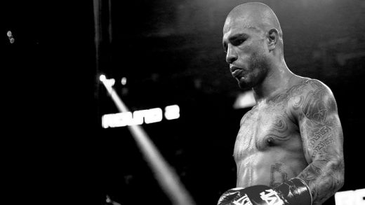 DEBUT PROFESIONAL DE MIGUEL COTTO