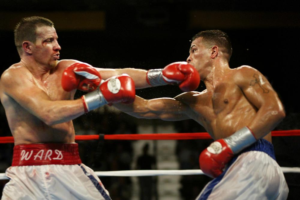 Mickey Ward vs Arturo Gatti