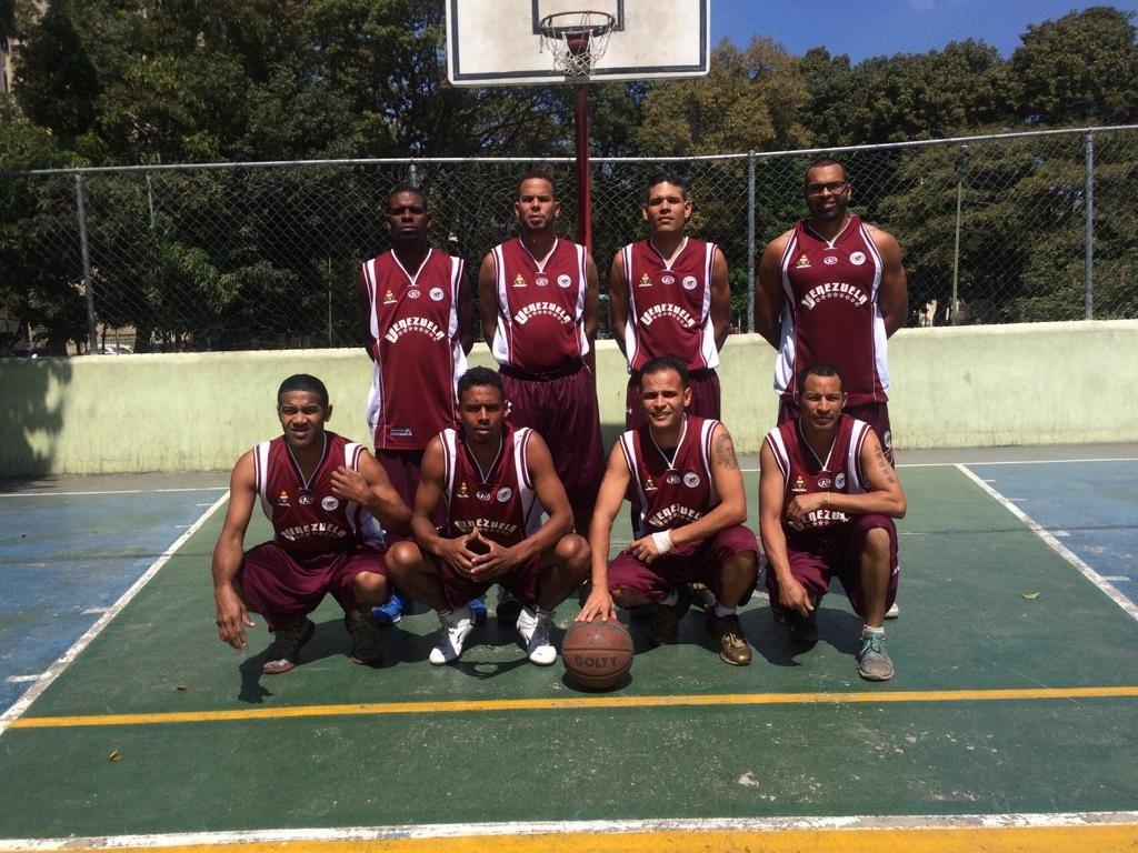 Equipo categoría master masculino TAKTA Sports Venezuela (Foto Cortesía Anthony Gallardo)