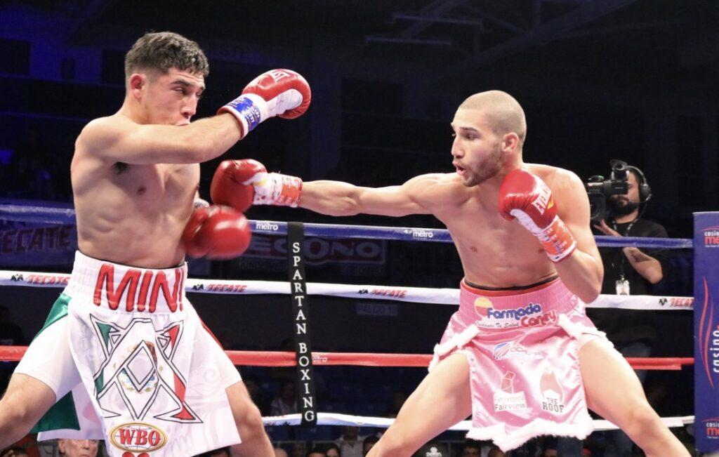Wilfredo Méndez in pink trunks & Axel Aragón 2 (Fotos: Marcos Mejias Ortiz/PRBBP)
