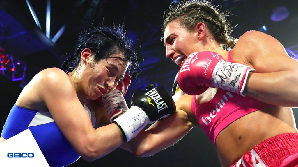 Mikaela Mayer in pink with the victory againts Zamora (Mikey Williams Top Rank)
