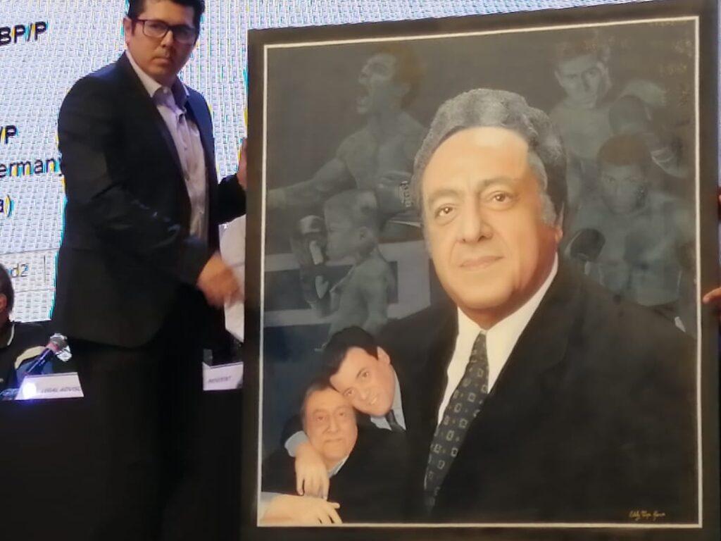 Retrato de Don José Sulaimán (Photo By Jorge Milhe)