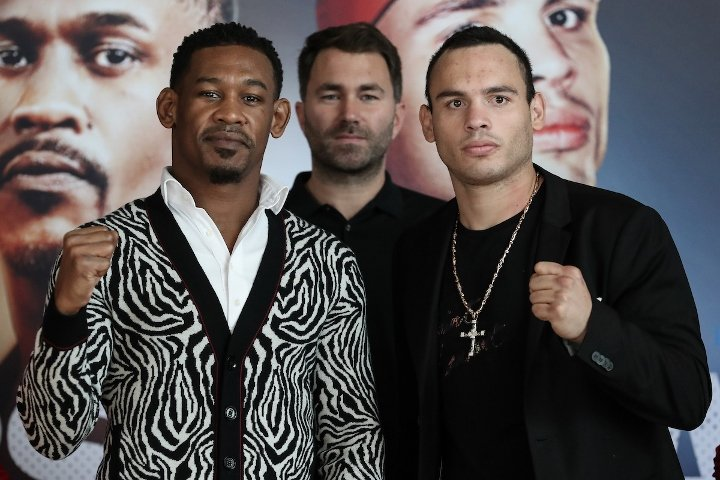Daniel Jacobs & Julio César Chávez Jr (photos by Ed Mulholland)
