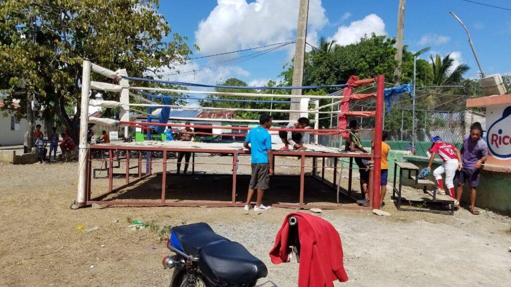 Academia de boxeo José Almonte (Foto Cortesía Pedro Valerio)
