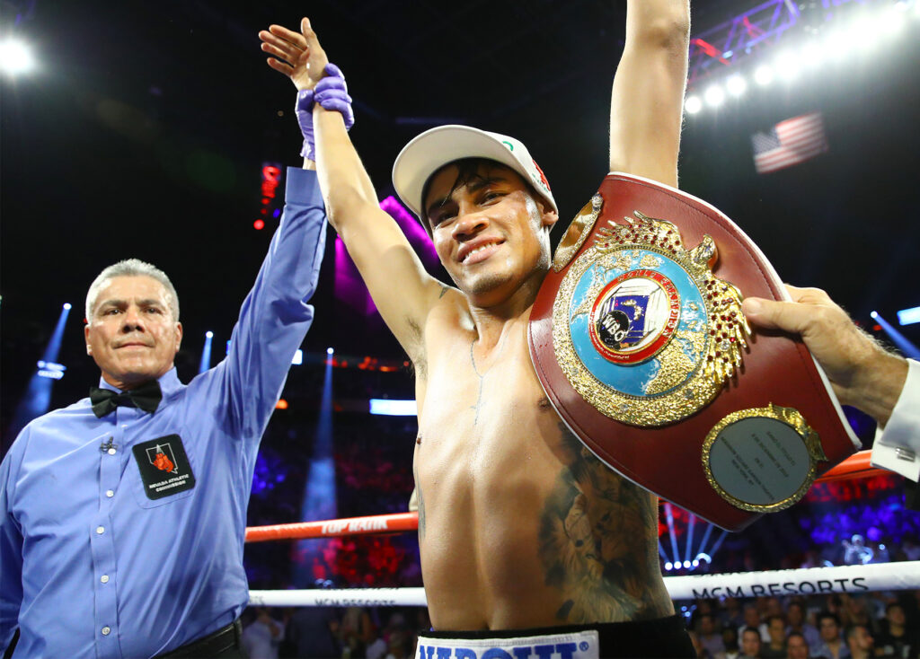 Emmanuel 'Vaquero' Navarrete (Mikey Williams Top Rank)