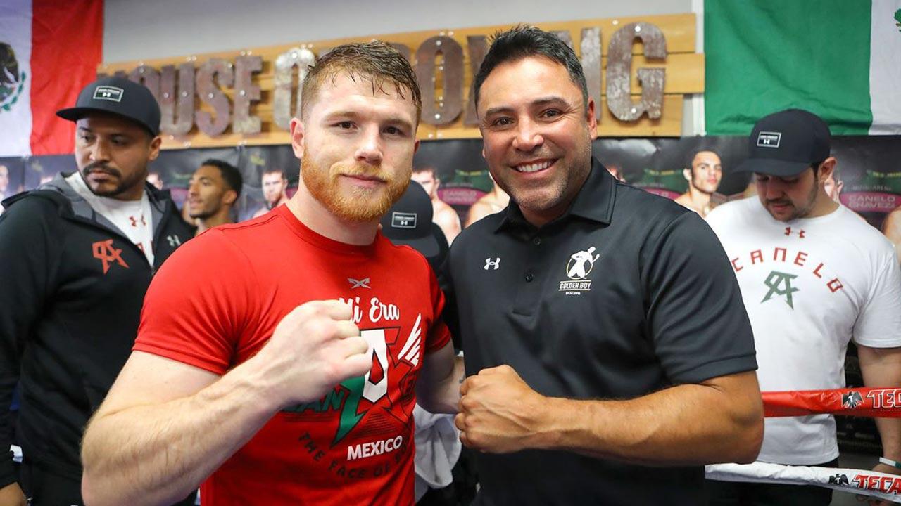 De La Hoya le envió una seria amenaza a su ex peleador, Saúl Canelo Álvarez.