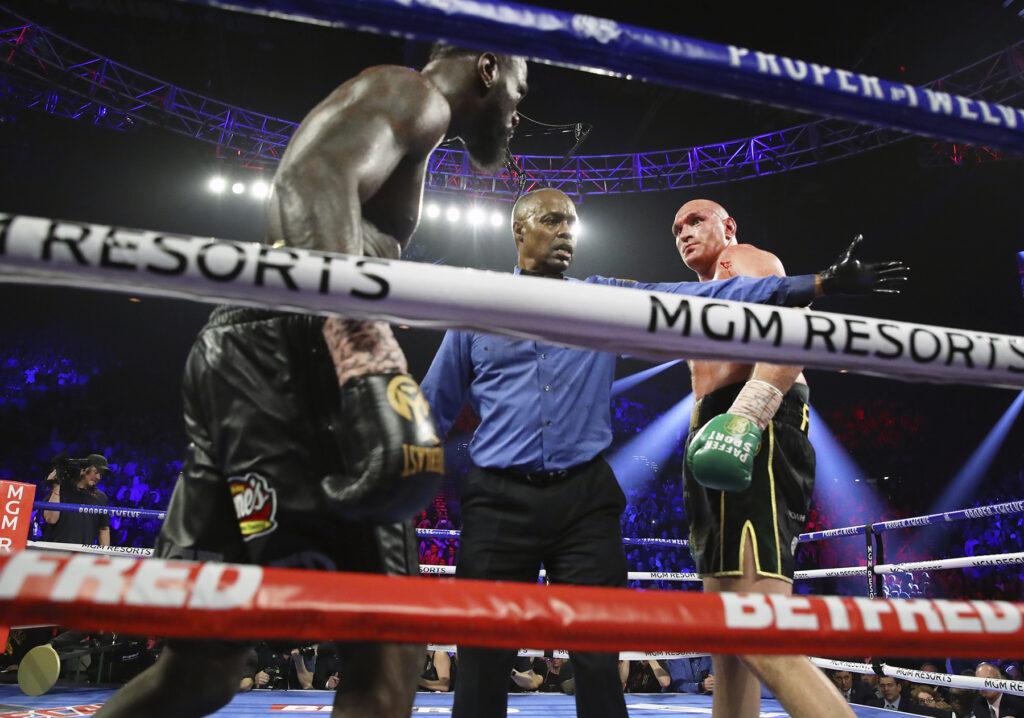 Deontay Wilder, Kenny Bayless & Tyson Fury (Mikey Williams Top Rank)
