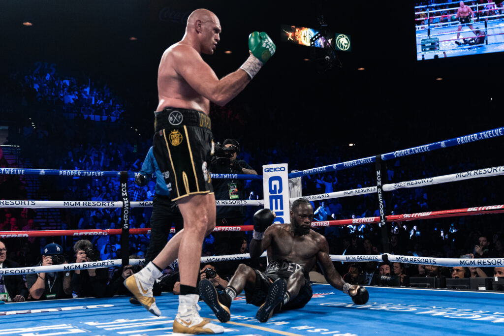 Deontay Wilder vs Tyson Fury (Photo By: Ryan Hafey _ Premier Boxing Champions)