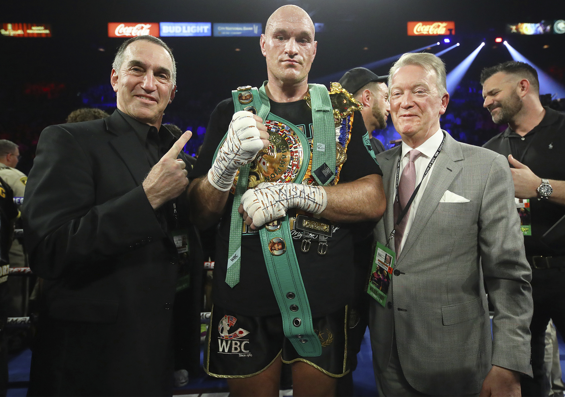 Tyson Fury & Frank Warren at right (Mikey Williams Top Rank)